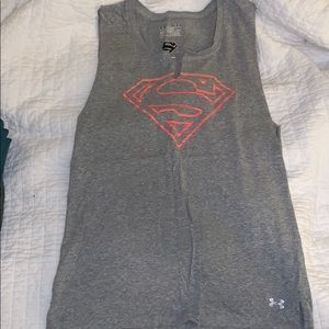 UNDER ARMOUR SUPERMAN CUT OFF TANK